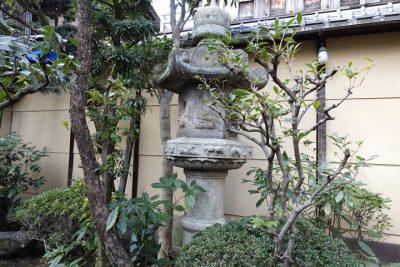 加茂定の中庭