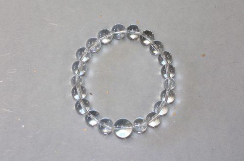 今月のプレゼント 水晶ブレス念珠を10名様にプレゼント